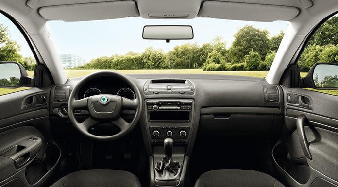 Jak odświeżyć wnętrze samochodu?